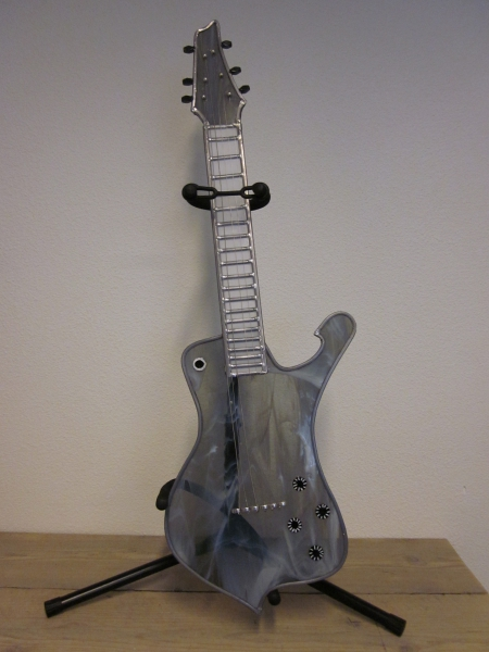 ontwerp je eigen gitaar